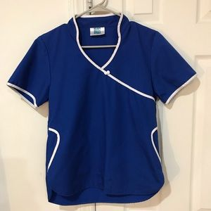 🎀 4/$15 ADAR Uniforms Blue and White Scrub Top XS